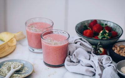 Banana & Strawberry Smoothie with Matcha